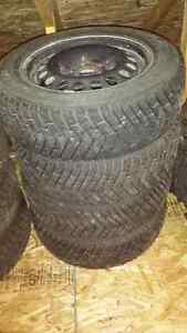 Good-Year Ultra Grip 195/65R15