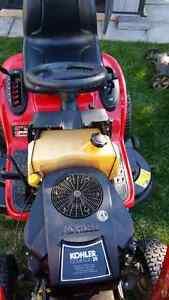 """Troy built lawn mower 46"""" deck  Windsor Region Ontario image 3"""