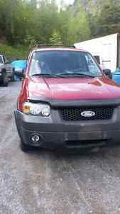 2004 ford escapes for parts parting out