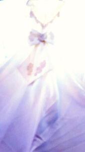Elegant Princess Sweetheart Bridal Gown Size 12
