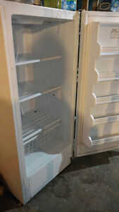 Stand-up freezer