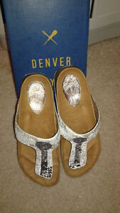 brand new DENVER HAYES LADIES SANDALS