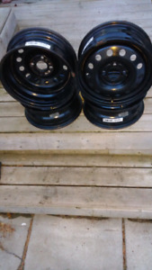 Winter Rims part # X41546 set of 4 used 1 winter like New 100.0.
