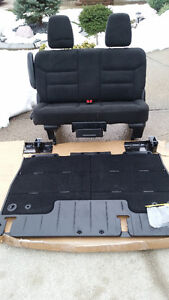 New bench seat & floor cover out of 2016 dodge grand caravan