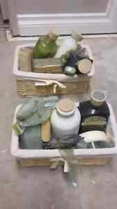 Pier one luxury bath and toiletry set Edmonton Edmonton Area image 1