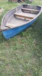 12 Foot, Blue Fibre Glass Boat