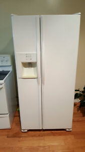 SIDE BY SIDE JENN-AIR REFRIGERATOR WITH DISPENSER AND ICE MAKER