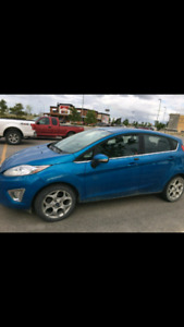 *Perfect condition*2012 Ford Fiesta SES!!