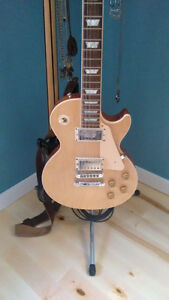 GIBSON made in USA    ----     Les Paul Standard with case.
