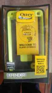 OTTERBOX DEFENDER for Note 4..NEW In BOX with warranty /receipt