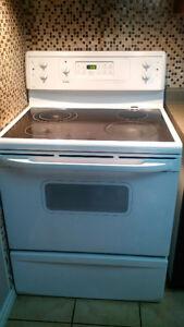 Stove, Vent Hood, and Dishwasher for sale Kitchener / Waterloo Kitchener Area image 1