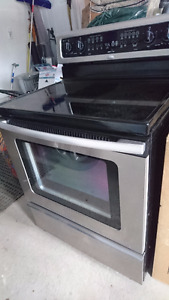 """COTTAGE NEED A NEW STOVE? STAINLESS STEEL 30"""" ELECTRIC RANGE"""