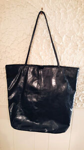 Beautiful black leather bag for sale!