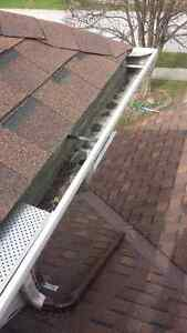 Eavestrough Cleaning! London Ontario image 3