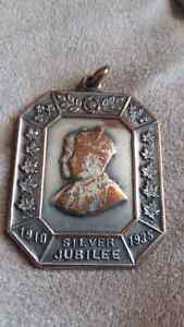 1910-1935 KING GEORGES V/ QUEEN MARY STERLING SILVER JUBILEE