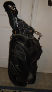 Sporting goods GOLF CLUBS, RH CLEVELAND FULL SET - $450