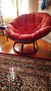 Beautiful papsan chair/ lounge chair/ red/ chestnut wood London Ontario image 4