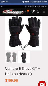 Heated 12 volt snowmobile/ motorcycle gloves