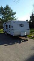 Clean 2005 26' Aerolite camper/travel trailer