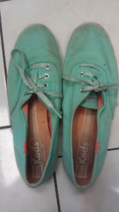 Keds size 8!!! Only $5!!!