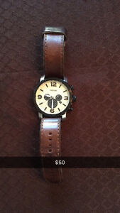 MENS FOSSIL WATCH-gently used!