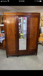 ****Price Drop-Beautiful Vintage Armoire*****