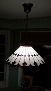 CHANDELIERS, TABLE & FLOOR LAMPS, OTHER VARIOUS LIGHT FIXTURES
