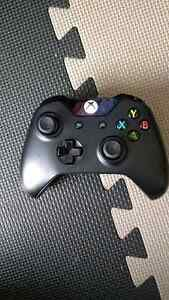Mint condition Xbox one controller for 40 $