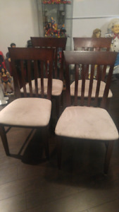 Set of 4 kitchen table chairs