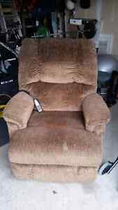 Golden Lift Chair Kitchener / Waterloo Kitchener Area image 1