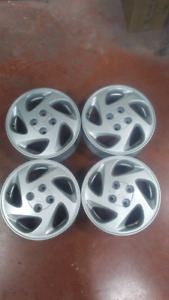 14 Inch Toyota Alloy Rims 4x100 Bolt Pattern