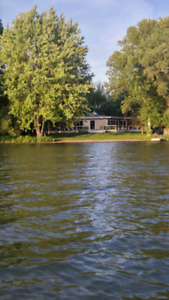 COTTAGE FOR RENT SEPT 14-16 LAKE SIMCOE