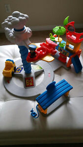 Fisher Price Little People airport terminal