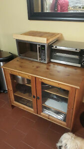 Wood display unit with glass doors