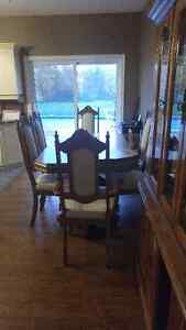 2 Piece Oak Vintage China Cabinet With 6 Chairs For Sale Kawartha Lakes Peterborough Area image 2