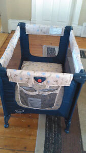 Barely used play pen