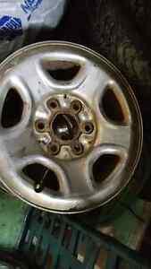 "**Price drop* Selling 4 steel chrome cap Chevy wheels. 16"" 6 lug St. John's Newfoundland image 1"