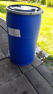 medium 30 gallons plastic storage barrel