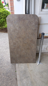 Counter top and adjustable leg