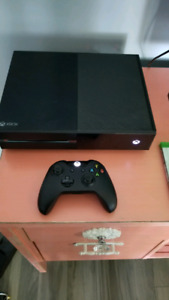 Xbox one 500gb original with 4 games