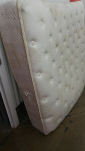 Box spring and queen size matteress