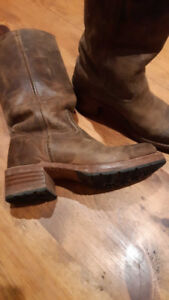 Frye boots excellent condition