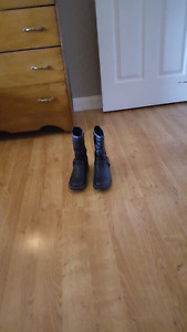 Youth Girls Size 5 Black Boots