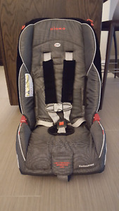 Diono Radian R100 Booster Seat