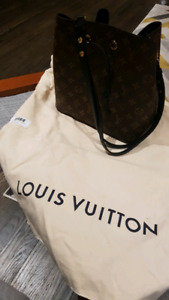 Authentic brand new and new style louis vuitton handbag