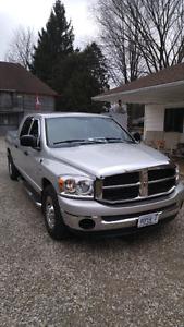 2008 dodge ram 2500 MEGA cab