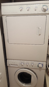 Figidaire washer and dryer