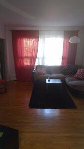 Appartement sur 2 étages + sous-sol Saguenay Saguenay-Lac-Saint-Jean image 4