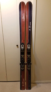 Atomic Heli Daddy skis with bindings