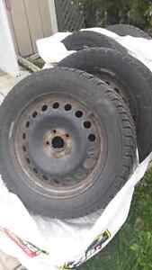 225 50 r17 rims plus used tires (4) Gatineau Ottawa / Gatineau Area image 3